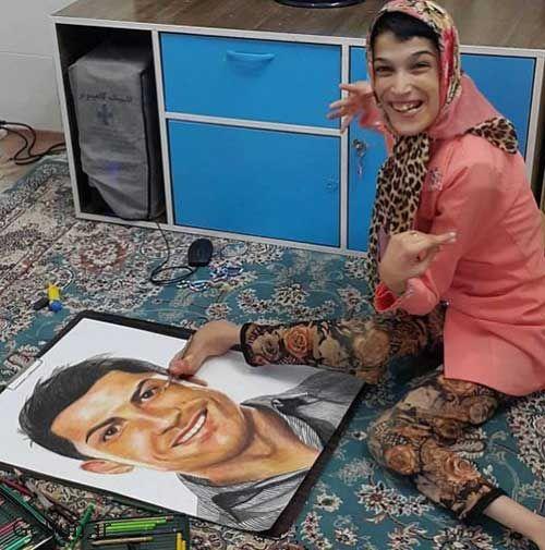 دختر معلول ایرانی که با کشیدن نقاشی کریستیانو رونالدو خبرساز شد + عکس