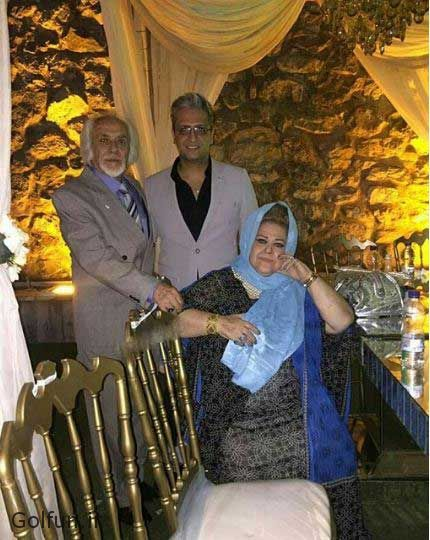 پدر و مادر بهاره رهنما در ازدواج مجدد بهاره رهنما با همسر دومش امیرخسرو عباسی